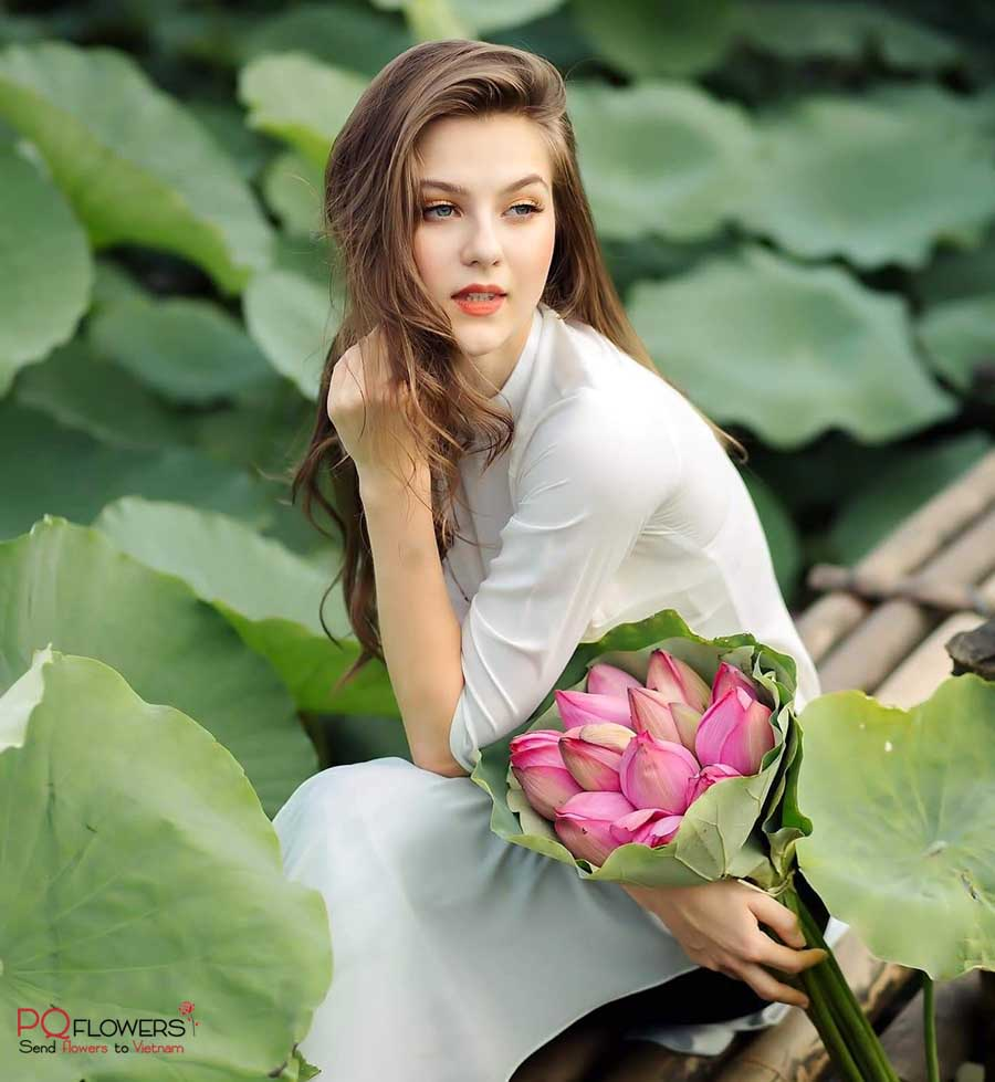 lotus-flower-delivery-300321-04