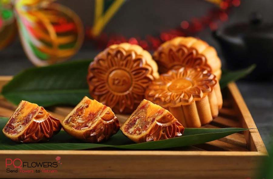 vietnamese moon cake- send-gifts-to-vietnam-270321-01