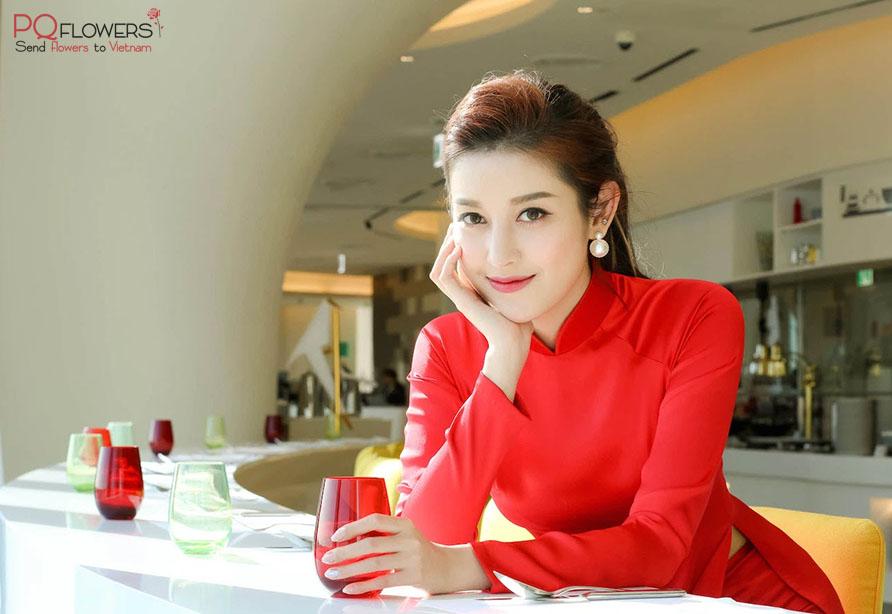 Ao -Dai- a- Vietnamese- traditional -dress-230921-0001