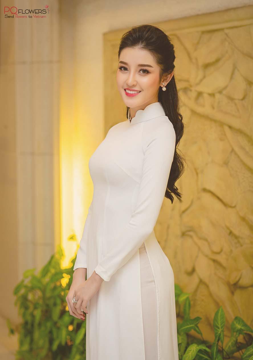Ao -Dai- a- Vietnamese- traditional -dress-230921-031